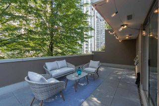"Photo 1: 509 1055 RICHARDS Street in Vancouver: Downtown VW Condo for sale in ""The Donovan"" (Vancouver West)  : MLS®# R2496959"
