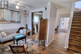 Photo 4: 632 8th ST E in Prince Albert: House for sale : MLS®# SK855870