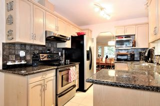 """Photo 3: 15 1973 WINFIELD Drive in Abbotsford: Abbotsford East Townhouse for sale in """"BELMONT RIDGE"""" : MLS®# R2327663"""
