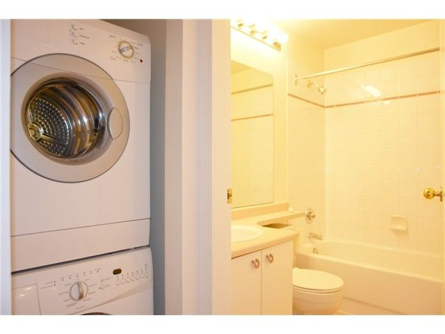 """Photo 9: Photos: # 284 8333 JONES RD in Richmond: Brighouse South Townhouse for sale in """"CAMELIA GARDENS"""" : MLS®# V985608"""