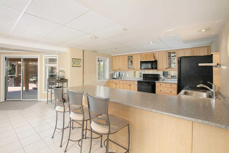 Photo 18: Photos: 1006 Ivsbridge Boulevard in Newmarket: Stonehaven-Wyndham House (Bungalow) for sale : MLS®# N4496159