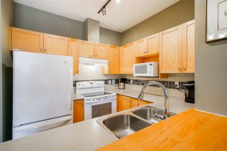 """Photo 7: 205 1675 W 10TH Avenue in Vancouver: Fairview VW Condo for sale in """"Norfolk Place"""" (Vancouver West)  : MLS®# R2470451"""