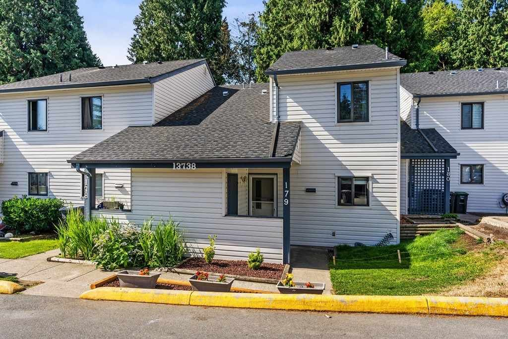 """Main Photo: 179 13738 67 Avenue in Surrey: East Newton Townhouse for sale in """"Hyland Creek"""" : MLS®# R2289611"""