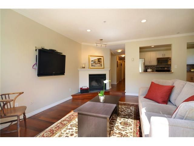 Photo 2: Photos: 136 W 14TH Avenue in Vancouver: Mount Pleasant VW Condo for sale (Vancouver West)  : MLS®# V924391