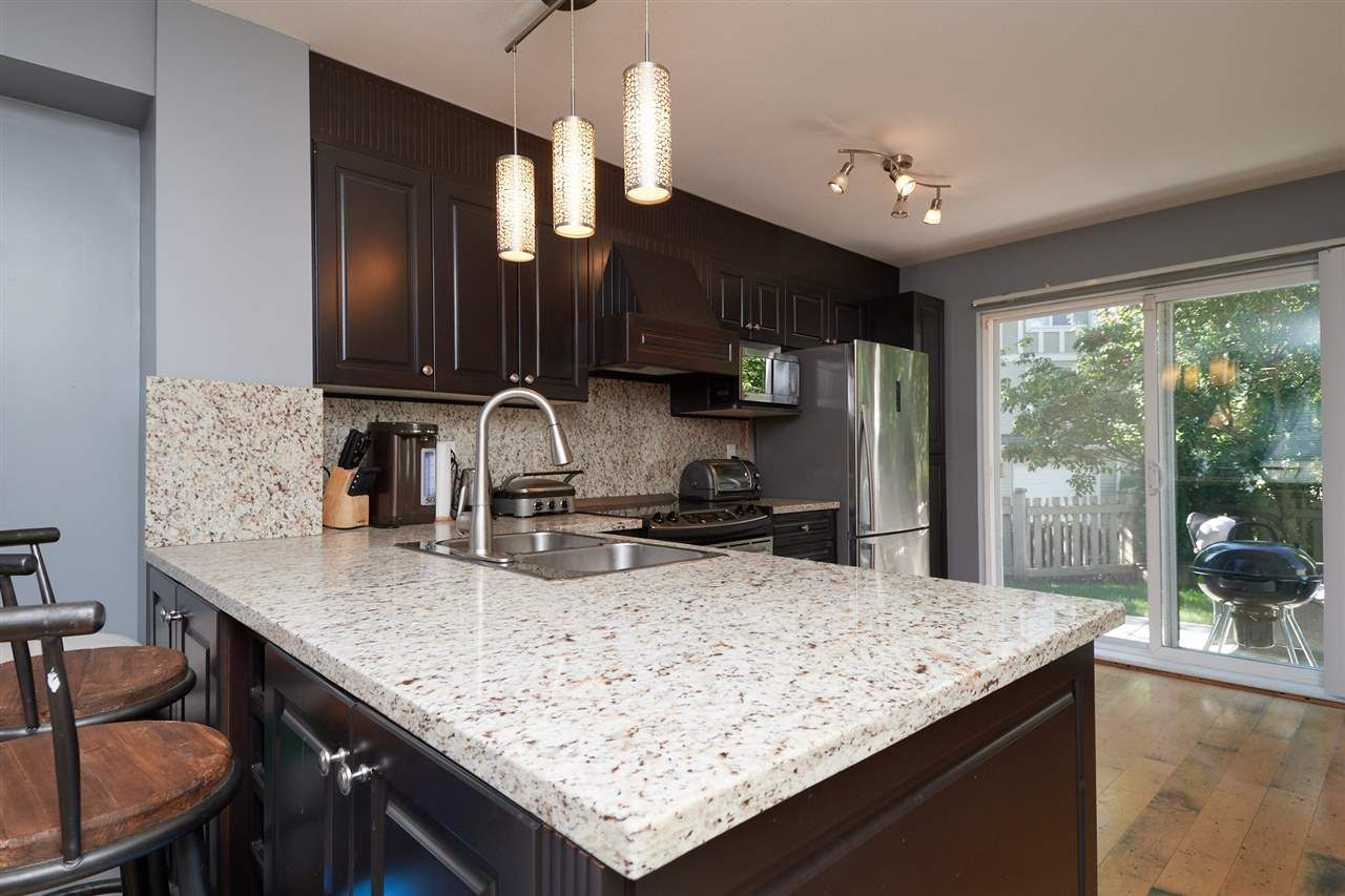 """Photo 7: Photos: 41 15175 62A Avenue in Surrey: Sullivan Station Townhouse for sale in """"Brooklands"""" : MLS®# R2310121"""