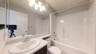 Photo 2: 35 3305 ORCHARDS Link in Edmonton: Zone 53 Townhouse for sale : MLS®# E4266164