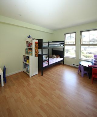 """Photo 7: 207 15 SMOKEY SMITH Place in New Westminster: GlenBrooke North Condo for sale in """"WESTERLY"""" : MLS®# R2281918"""
