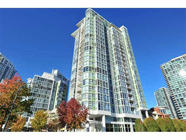 Main Photo: 2207 1077 MARINASIDE CRESCENT in : Yaletown Condo for sale : MLS®# V1093765