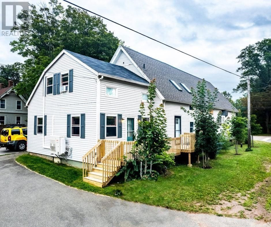 Main Photo: 1288 Callbeck Street in Bedeque and Area: House for sale : MLS®# 202123081