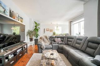 """Photo 7: 54 10038 150 Street in Surrey: Guildford Townhouse for sale in """"Mayfield Green"""" (North Surrey)  : MLS®# R2585108"""