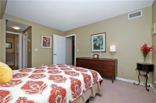 Photo 16: 812 340 W Watson Street in Whitby: Port Whitby Condo for sale : MLS®# E3365946