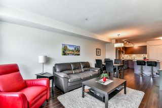 """Photo 5: 307 19201 66A Avenue in Surrey: Clayton Condo for sale in """"One92"""" (Cloverdale)  : MLS®# R2094678"""