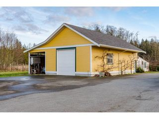 Photo 11: 19776 8 AVENUE in Langley: Campbell Valley House for sale : MLS®# R2435822