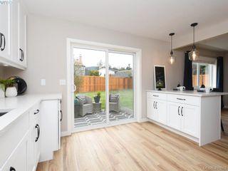 Photo 11: 2944 Robalee Pl in VICTORIA: La Goldstream Half Duplex for sale (Langford)  : MLS®# 810225