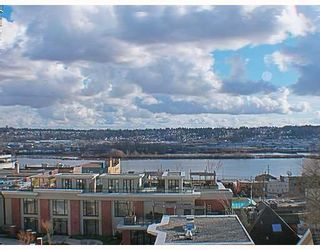 Photo 10: 404 624 AGNES Street in New_Westminster: Downtown NW Condo for sale (New Westminster)  : MLS®# V751563