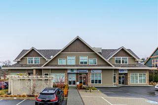 Photo 1: 206 4535 Uplands Dr in : Na Uplands Condo for sale (Nanaimo)  : MLS®# 877095