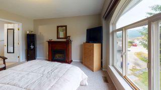 Photo 18: 5853 TURNSTONE Crescent in Sechelt: Sechelt District House for sale (Sunshine Coast)  : MLS®# R2456964