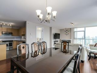 """Photo 5: 2804 2225 HOLDOM Avenue in Burnaby: Central BN Condo for sale in """"LEGACY TOWER 1"""" (Burnaby North)  : MLS®# R2071147"""