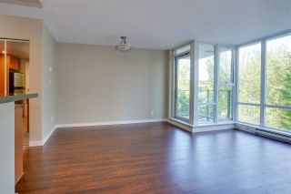 """Photo 4: 305 550 PACIFIC Street in Vancouver: Yaletown Condo for sale in """"AQUA AT THE PARK"""" (Vancouver West)  : MLS®# R2580655"""
