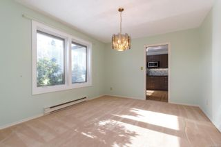 Photo 5: 2472 Costa Vista Pl in : CS Keating House for sale (Central Saanich)  : MLS®# 866822