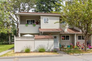Main Photo: 2 2771 Spencer Rd in VICTORIA: La Langford Lake Row/Townhouse for sale (Langford)  : MLS®# 818990