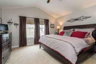 """Photo 11: 23029 JENNY LEWIS Avenue in Langley: Fort Langley House for sale in """"BEDFORD LANDING"""" : MLS®# R2359056"""