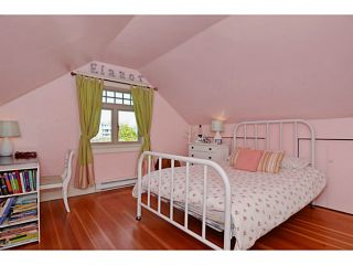 """Photo 16: 132 E 19TH Avenue in Vancouver: Main House for sale in """"MAIN STREET"""" (Vancouver East)  : MLS®# V1117440"""
