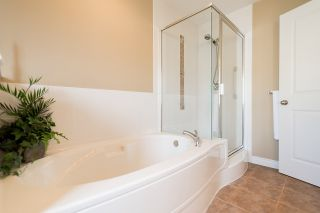 """Photo 16: 41 5999 ANDREWS Road in Richmond: Steveston South Townhouse for sale in """"RIVERWIND"""" : MLS®# R2077497"""