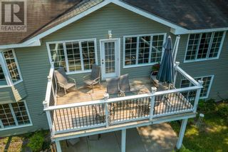Photo 2: 220 HIGHLAND Road in Burk's Falls: House for sale : MLS®# 40146402