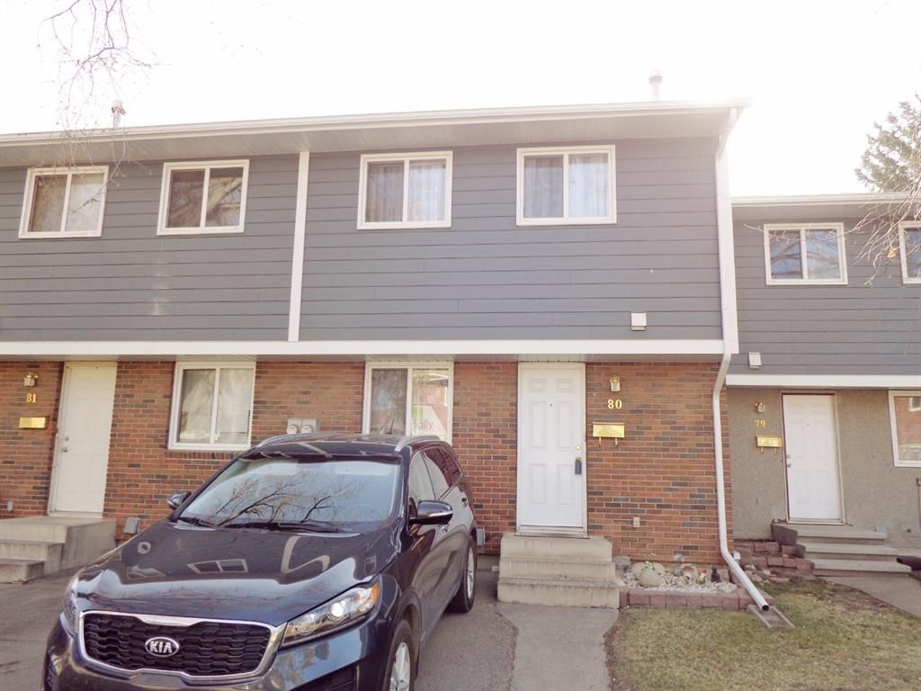 Main Photo: 5935 63 Street: Red Deer Row/Townhouse for sale : MLS®# A1099925