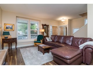 """Photo 5: 19074 69A Avenue in Surrey: Clayton House for sale in """"CLAYTON"""" (Cloverdale)  : MLS®# R2187563"""