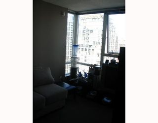 """Photo 9: 2509 939 EXPO Boulevard in Vancouver: Downtown VW Condo for sale in """"MAX 2"""" (Vancouver West)  : MLS®# V700944"""