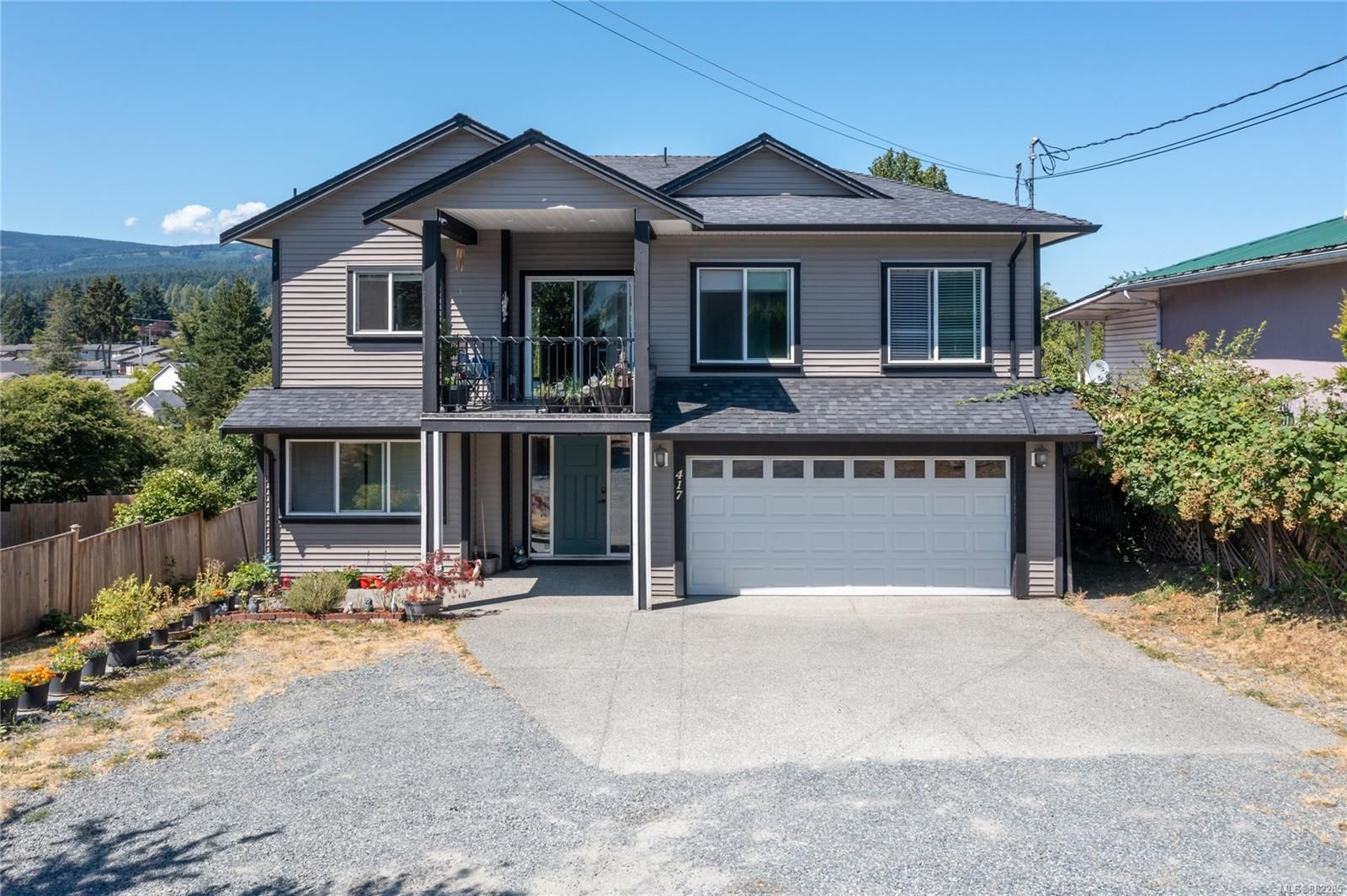 Main Photo: 417 Bruce Ave in Nanaimo: Na University District House for sale : MLS®# 882285