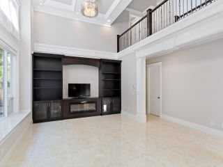Photo 10: 8220 ROSEBANK Crescent in Richmond: South Arm House for sale : MLS®# R2615703
