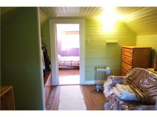 """Photo 14: 49 E 26TH Avenue in Vancouver: Main House  in """"MAIN STREET"""" (Vancouver East)  : MLS®# V1094939"""