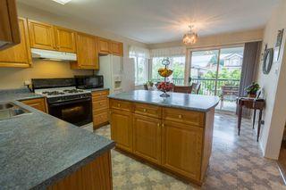 Photo 2: 9881 123RD Street in Surrey: Cedar Hills House for sale (North Surrey)  : MLS®# R2074552