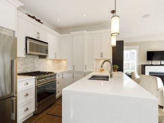 Photo 18: 3209 W 2ND AVENUE in Vancouver: Kitsilano Townhouse for sale (Vancouver West)  : MLS®# R2527751