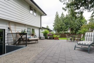 """Photo 35: 5815 170A Street in Surrey: Cloverdale BC House for sale in """"Jersey Hills West Cloverdale"""" (Cloverdale)  : MLS®# R2084016"""