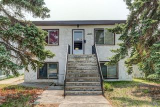 Main Photo: 2121 Westmount Road NW in Calgary: West Hillhurst Detached for sale : MLS®# A1130405