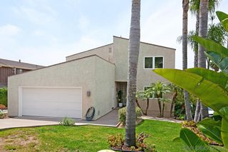 Photo 2: PACIFIC BEACH House for sale : 5 bedrooms : 2409 Geranium in San Diego