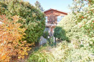 Photo 1: 313 Mount Allison Court in Saskatoon: West College Park Residential for sale : MLS®# SK874033