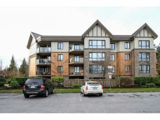 "Photo 1: 103 9978 148TH Street in Surrey: Guildford Condo for sale in ""HIGHPOINT GARDENS"" (North Surrey)  : MLS®# F1430440"