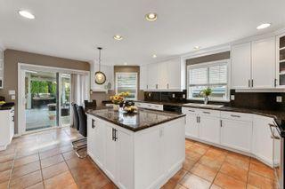 Photo 14: 1665 Ash Rd in Saanich: SE Gordon Head House for sale (Saanich East)  : MLS®# 887052