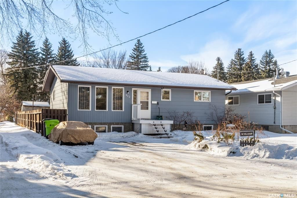 Main Photo: 912 Bell Street in Indian Head: Residential for sale : MLS®# SK840534