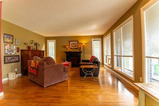 Photo 6: 4 Silvergrove Place NW in Calgary: Silver Springs Detached for sale : MLS®# A1148856