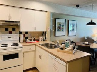 "Photo 12: 2050 LAKE PLACID Road in Whistler: Whistler Creek Condo for sale in ""Lake Placid Lodge"" : MLS®# R2423994"