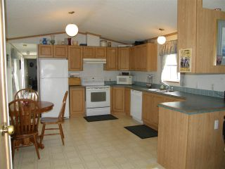 Photo 3: 15 62790 FLOOD HOPE Road in Hope: Hope Center Manufactured Home for sale : MLS®# R2554329