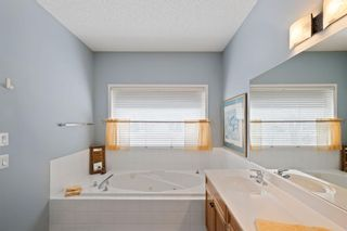 Photo 14: 57 Rocky Ridge Gardens NW in Calgary: Rocky Ridge Detached for sale : MLS®# A1098930