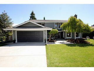 "Photo 1: 86 DEERFIELD Drive in Tsawwassen: Pebble Hill House for sale in ""DEERFIELD"" : MLS®# V1009641"