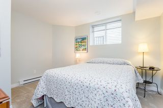 """Photo 32: 16419 59A Avenue in Surrey: Cloverdale BC House for sale in """"West Cloverdale"""" (Cloverdale)  : MLS®# R2294342"""